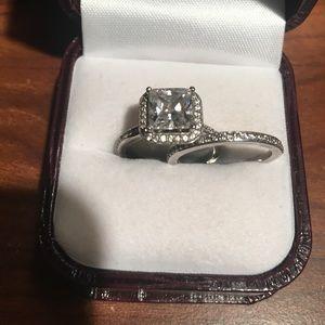 Jewelry - 10 Carat pure white gold CZ wedding ring set